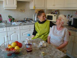 aide à domicile Roost-Warendin